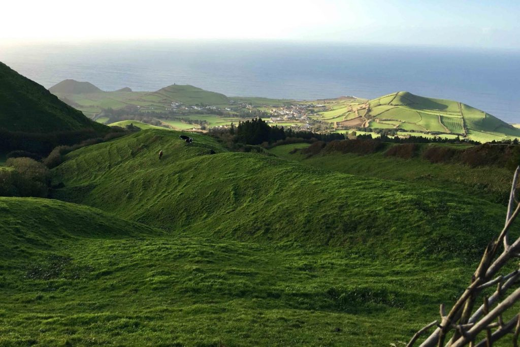 From food to colors to an unlikely connection to the Iraq War, here's the top 10 things you need to know about the Azores.