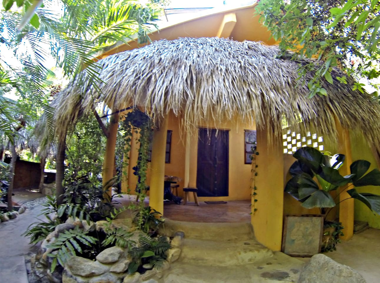 15 Totally Unique Airbnb Rentals for Under $50 | Passions