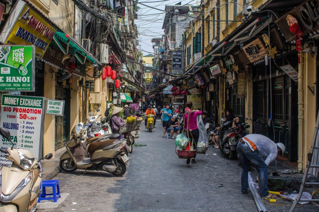Hanoi Free Walking Tours: Exploring the Old Quarter of Hanoi Without Spending a Dime (or Dong)